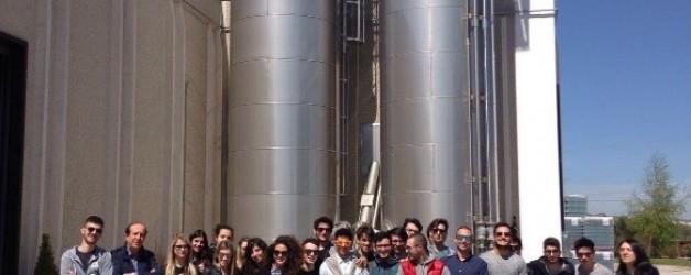 I ragazzi dell'IISS in visita guidata alla DI IORIO SPA